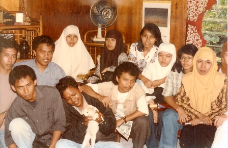 kumpul-kumpulidentitasdirumahku.jpg