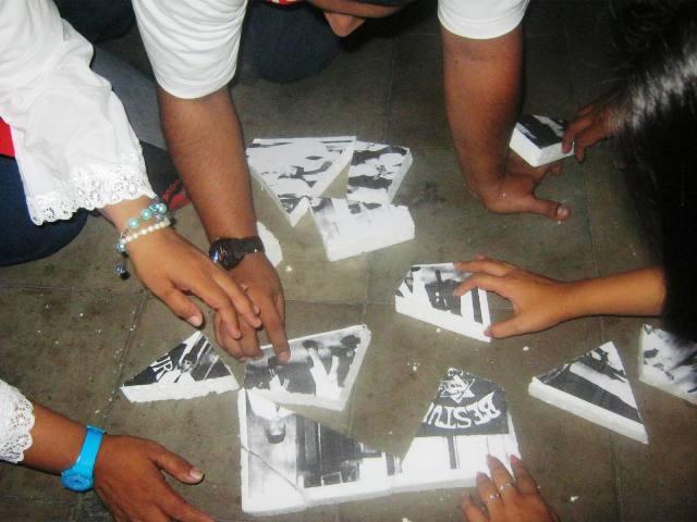 Merangkai Puzzle