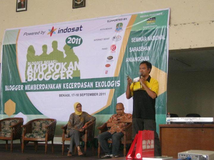 AMPROKAN BLOGGER 2011 (3) : SOSIALISASI KEGIATAN BLOGGER DAN ACUAN KONSEP ETIKA ONLINE