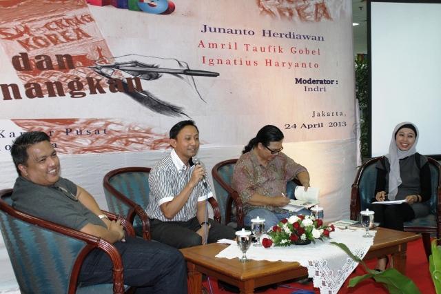 DARI TALKSHOW DI PERPUSTAKAAN BANK INDONESIA ; MENULIS ITU MENYENANGKAN !