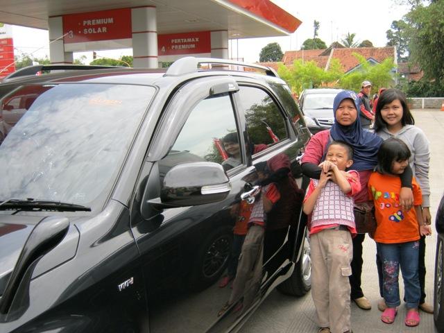 Bersiap berangkat mudik ke Yogya bersama Toyota Rush, Rabu,8 September 2010