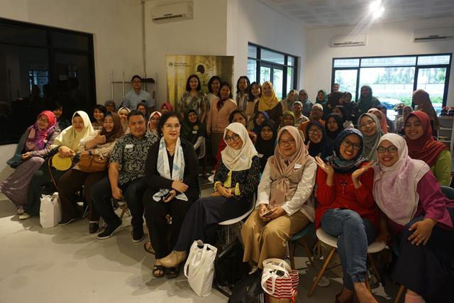 """FOREST TALK WITH BLOGGERS"" BERSAMA YAYASAN DOKTOR SJAHRIR DAN CLIMATE REALITY PROJECT INDONESIA"